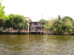 house on khlong